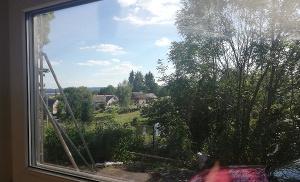 Výhled z okna na Lažanské moře